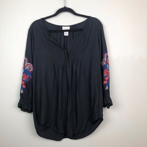 Liz Claiborne Embroidered Black Tunic EUC Size L